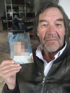 Sechs Monate lang kannte JÖRG seinen Sohn MAX nur durch ein Foto. So lange verhinderten Richter und Jugendamt in Erding eine erste Begegnung.